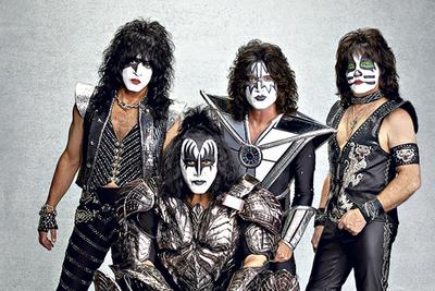 Kiss reprogramó para noviembre su gira final