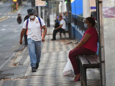 Covid-19 ya afecta a 65 paraguayos
