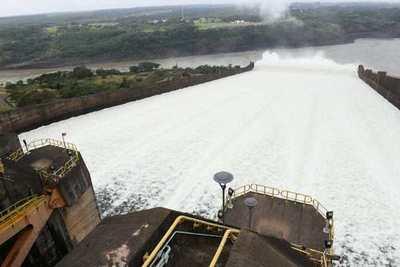 Investigación penal a funcionarios que amenazan con paralizar las hidroeléctricas