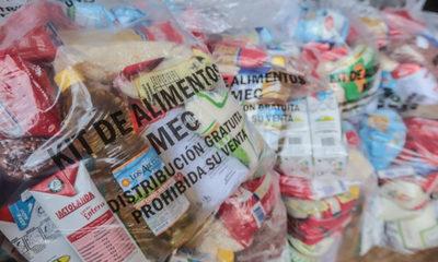 Realizan primera entrega de kits alimenticios en escuelas