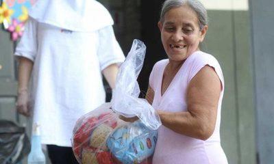 MEC inició entrega de kits de alimentos en escuelas de Asunción