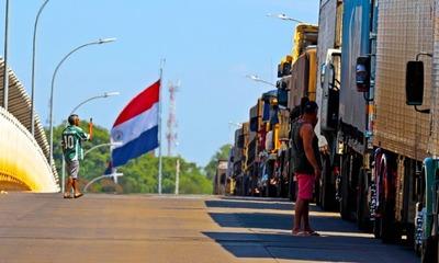 Intenso movimiento de camiones con CARGAS en plena CUARENTENA por CORONAVIRUS