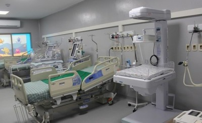 Salud duplicará cantidad de camas para pacientes con COVID-19