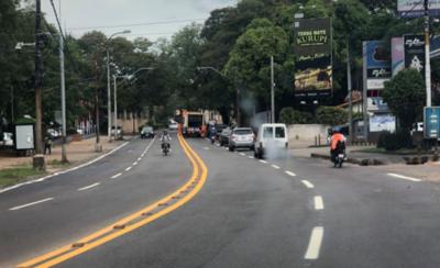 HOY / Revitalizan señales de tránsito en las avenidas de Asunción