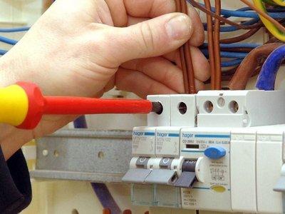 Electricista falleció electrocutado en Ciudad del Este