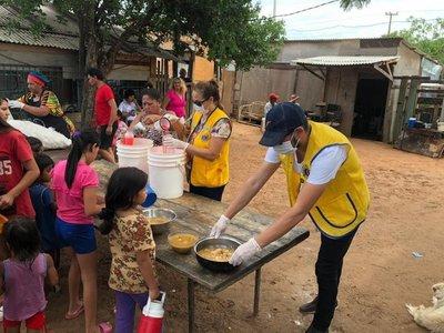 Club de Leones asiste a familias carenciadas y afectadas por pandemia