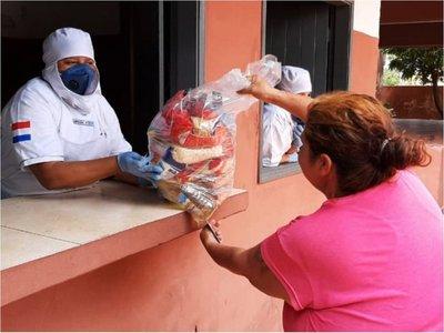 Denuncian que kits del MEC no  llegan   a todos y en Comuna solo dan leche