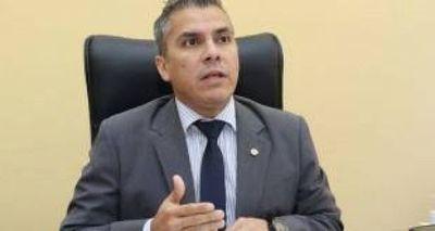 Apoderado de la ANR sostiene que se puede postergar mandato de intendentes modificando el Código Electoral