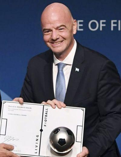 FIFA maneja la posibilidad de ayudar a  la comunidad del fútbol