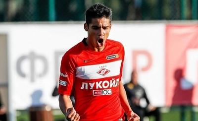HOY / El equipo de Lorenzo Melgarejo acepta una importante rebaja de los sueldos