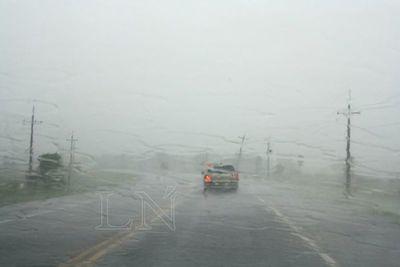 Alerta de lluvias y tormentas eléctricas para seis departamentos