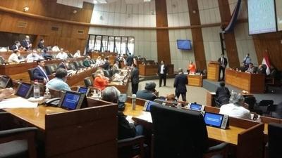 HOY / Fente Guasu y otras bancadas rechazan la propuesta del Ejecutivo de utilizar el 50% de royalties de los municipios para destinarlo a Salud