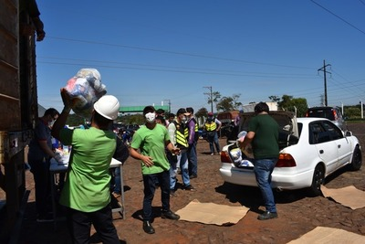 Cámara de Comercio y Servicios sigue distribuyendo cestas básicas