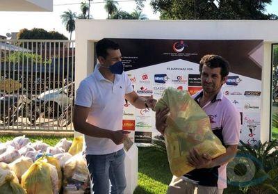 Cámara de Industria y Comercio entregó cestas básicas a unos 100 vendedores informales de la línea internacional