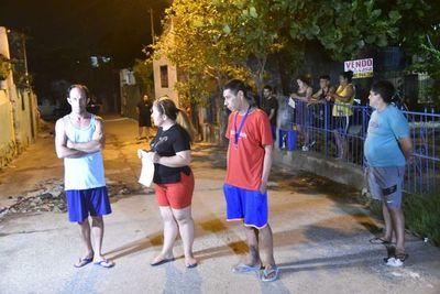 Protesta en Tablada Nueva ante falta de respuesta del Gobierno a sus necesidades