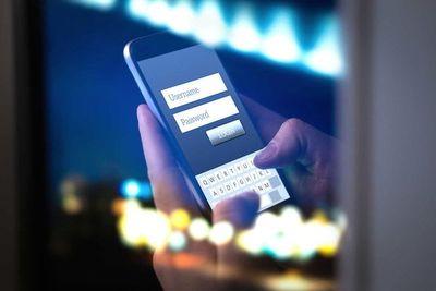 Europeos alistan tecnología para smartphones a fin de frenar el virus
