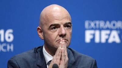 Infantino: 'El fútbol será menos arrogante y más acogedor tras la pandemia'