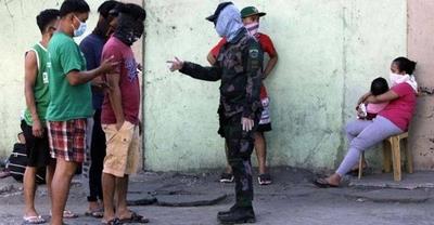HOY / Presidente de Filipinas ordena disparar a matar a los que violen la cuarentena