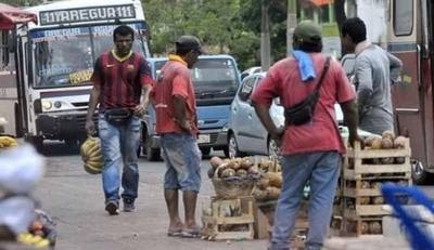 HOY / Covid-19: Vendedores ambulantes piden al Estado rapidez en asistencia