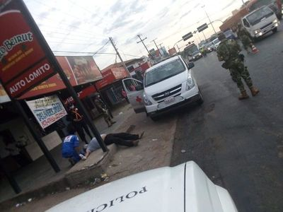 Dos desvanecimientos y un fallecido en la vía pública alarmaron a la ciudadanía