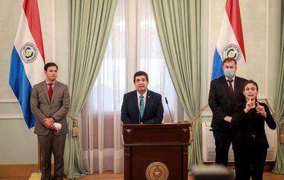 Gobierno insiste en achicar el Estado y anuncia veto a proyecto de royalties