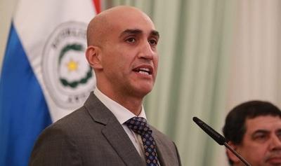 Ministro recomienda no iniciar las clases después del 12 de abril y pide conciencia a la ciudadanía