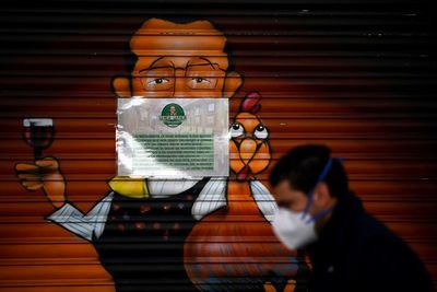 España registra más de 900 muertes por coronavirus por segundo día consecutivo