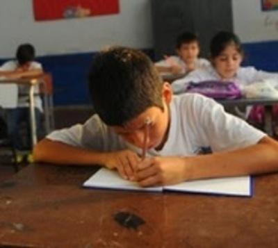 Salud recomendará que clases no inicien luego del 12 de abril