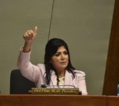 Covid-19: Diputada rompe silencio luego de que Fiscalía la busque