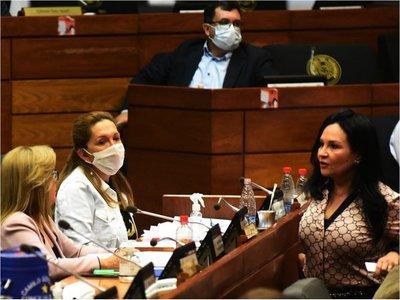 Senadora que dio positivo al Covid-19 se hizo la prueba un día antes de acudir a sesión