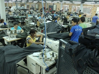 Confeccionistas proponen al Gobierno 8 medidas económicas de aplicación inmediata