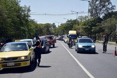 Taxis, Uber y MUV también deben justificar circulación