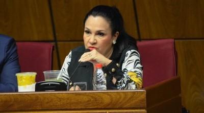 La senadora Bajac pidió pasaje y viático para ir a Guatemala, pero fue a Perú a un encuentro religioso