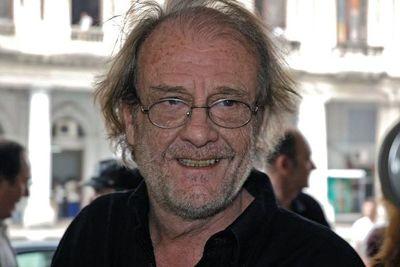 Fallece en un hospital madrileño el cantautor Luis Eduardo Aute