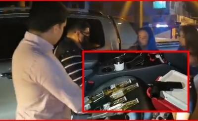 Tres personas detenidas paseando con camioneta de Miguel Prieto