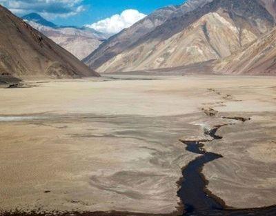 Con ríos secos y embalses vacíos, sequía histórica