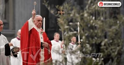 Papa Francisco pidió a los fieles de todo el mundo que contacten al que sufre y necesitado