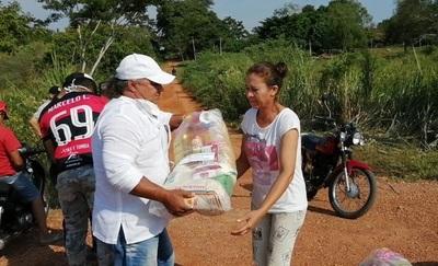 Comuna beleana entrega víveres a familias más humildes del distrito