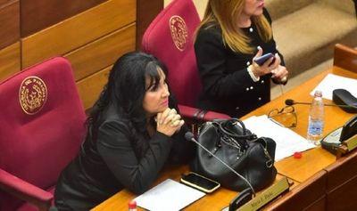Jueza comunicará este lunes al Senado imputación a María Eugenia Bajac para desafuero