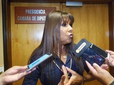 """COVID-19: """"Si tienen que rodar dos cabezas, que rueden dos cabezas"""", opina Amarilla sobre Bajac y Medina"""