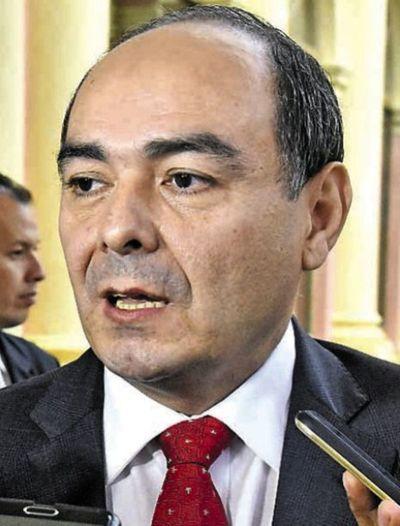 RR.EE. investiga a cónsul por intento de ingreso de brasileña