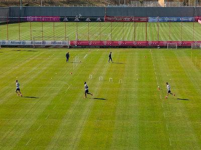Futbolistas del Bayern retornan a las actividades en el club