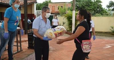 Entregan kits de víveres en 12 escuelas