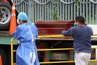 Viacrucis sanitario antes de morir en Guayaquil