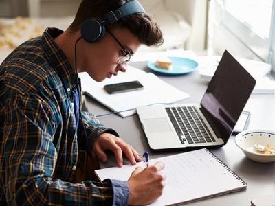 Buscan replicar uso de herramientas virtuales en facultades del interior para dar clases mientras dure cuarentena