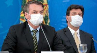 Brasil llega a 553 muertes por coronavirus en medio de polémica entre Bolsonaro y su ministro de Salud