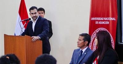 """Salomón hace un llamado de """"solidaridad"""" a las universidades"""