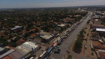 Transchaco: Fila de vehículos llega a 3 kilómetros tras 6 horas de controles