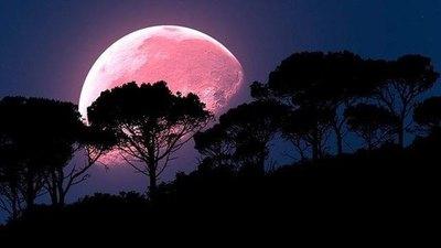 Hoy se verá la luna más purete del año