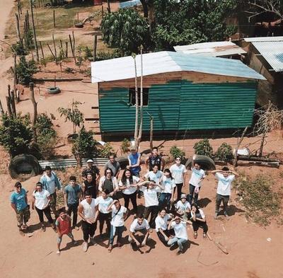 Realizan colecta de víveres para entregar a familias de asentamientos